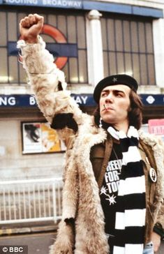 Wolfie Citizen Smith (Robert Lindsay) power to the people! 1970s Childhood, My Childhood Memories, Childhood Toys, Uk Tv, British Comedy, British Tv Comedies, Power To The People, Comedy Tv, Vintage Tv