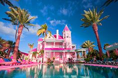Southernmost house in key west! Barbie Life, Barbie Dream House, Barbie World, Barbie Room, Key West Florida Hotels, Key West Hotels, Pink Love, Pretty In Pink, Florida Travel Guide