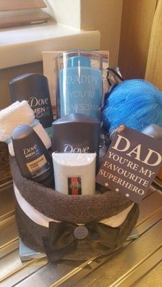 Towel-cake   Last Minute DIY Fathers Day Gifts to Make   Easy Homemade Gift Ideas for Men