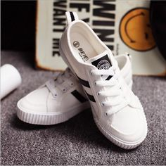 451802fc3cd2 autumn women flat shoes Solid Canvas Shoes Women Casual Shoes size