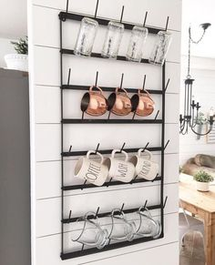 Copper, raedunn and shiplap! Farmhouse decor