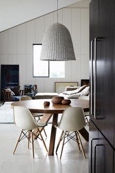 Comedores con mesas redondas; Una manera diferente de decorar nuestro salón.