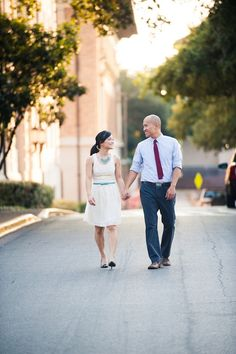 I cannot get enough of this - Lovebird Productions: Lovely Wedding & Relationship Blog: UT Austin Engagement Session