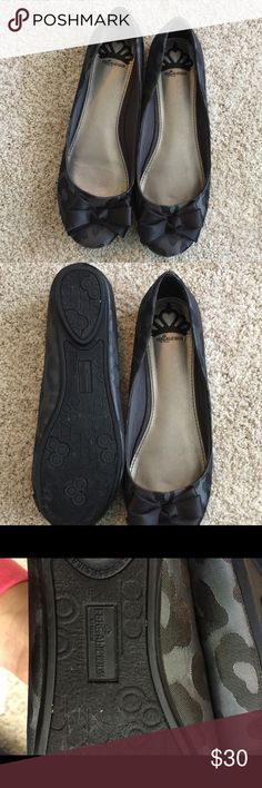 New Fergie bow cute shoes. Never worn new bow shoes Fergie Shoes Moccasins