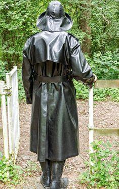 Rubber Raincoats, Rain Gear, Black Rubber, Shirt Dress, How To Wear, Jackets, Shirts, Fashion, Raincoat
