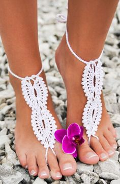 Barefoot Sandals ?? L.O.V.E. #summer #beach #inspiration