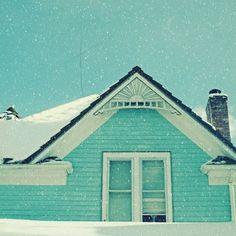 White Christmas, turquoise house