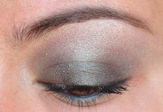 365 Days of Eyeshadow, smoky, shimmery grey eyeshadow.