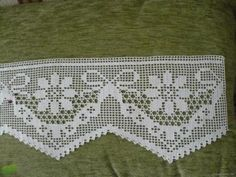 This Pin was discovered by HUZ Filet Crochet, Crochet Art, Thread Crochet, Love Crochet, Crochet Stitches, Crochet Edging Patterns, Crochet Lace Edging, Crochet Borders, Doily Patterns