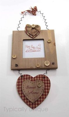 NEW PHOTO FRAME HANGING WOODEN RED GINGHAM VALENTINE HEART SHABBY CHIC RUSTIC