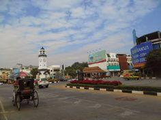 Clock tower square in Lampang city (watch my travelblog: http://ramingodentro.blogspot.it/2015/02/lampang.html)