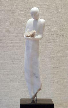 "Torild Storvik Malmedals ""Wishes"" i skulpturserien ""Guardian angels"". Hadde passet helt strålende i vinduskarmen på stua mi...."