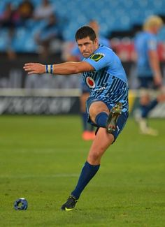 Morne Steyn reigns in Bulls' Super Rugby win over Sharks South African Rugby Players, Rugby 7's, World Rugby, Super Rugby, Kings Park, Sports Magazine, Rio Olympics 2016, Dynamic Poses, All Blacks
