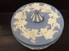 "5"" Wedgwood Jasperware Covered Dresser BOX | eBay"
