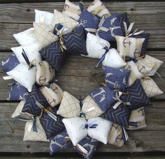 Hanging this anchor themed handmade wreath as a wall decoration or door decoration at your summer place, blue and beige color room, or home office, will bring a lot of delightful comments from all who