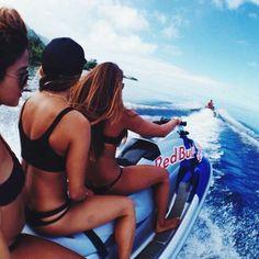 Ride a JetSki ✔️