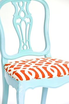 If this were teal and soft yellow, it would look amazing in my room!