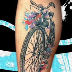 Although we think this would look much better on a wall or canvas, the detail in this bicycle tattoo is so impressive!
