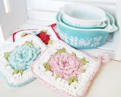 Crochet Flower Potholder - Vintage Inspired Potholder - Crochet Hotpad