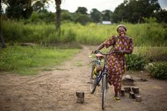 Congolese nun named winner of prestigious Nansen #Refugee Award. Sister Angélique Namaika is a familiar sight on her bicycle, which she uses to visit the girls she helps in Dungu and nearby villages. © UNHCR/ B. Sokol