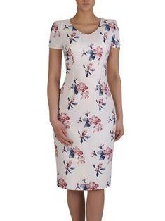 Kliknij na zdjęcie, aby je powiększyć Simple Dresses, Beautiful Dresses, Casual Dresses, Short Dresses, Fashion Dresses, Ladies Day Outfits, 1960s Dresses, Chic Outfits, Chiffon Tops