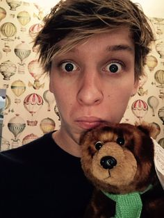 Check out George Ezra @ Iomoio George Ezra, Don T Go, Music People, To My Future Husband, Music Bands, In This World, Teddy Bear, Cute, Animals