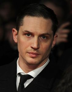 Click for more Tom Hardy!