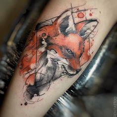 Tatuagem criada por Renata Henriques de São Paulo. Raposa em aquarela. #tattoo #tattoo2me #tatuagem #art #arte #design #colorida