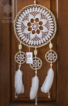 Large dream catcher wall hanging, White doily dreamcatcher, Unique wedding gift dream catcher, Triple lace crochet dreamcatcher for nursery Large dream catcher wall hanging White doily by GraphicMeditation Crochet Home, Diy Crochet, Crochet Crafts, Crochet Doilies, Crochet Projects, Diy Crafts, Mandala Crochet, Lace Doilies, Grand Dream Catcher