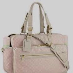 Love this diaper bag. Louis Vuitton #bags #fashion