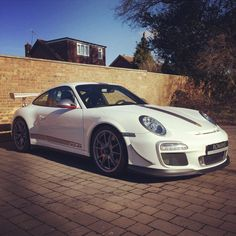 Check out what has just arrived - Porsche 911 GT3 RS 4.0...More Details Coming Soon! #Porsche   #911GT3   #RS  #4.0  #RomansInternational
