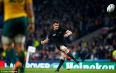 Carter kicks a penalty during the 34-17World Cup final victory over the Wallabies at Twickenham