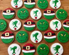 Grinch Cookies, Cute Christmas Cookies, Grinch Christmas, Christmas Snacks, Iced Cookies, Christmas Cupcakes, Cute Cookies, Christmas Cooking, Royal Icing Cookies