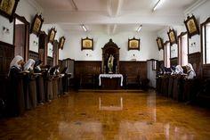 Discalced Carmelites reciting Divine Office