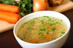 Homemade chicken broth is the quintessential, healthy 'comfort food.' In ancient Chinese medicine, bone broth is considered one of the best supports possib Hcg Recipes, Soup Recipes, Health Recipes, Jalapeno Soup Recipe, Hcg Soup, Soup Broth, Detox Soup, Yum Yum Chicken, Main Meals