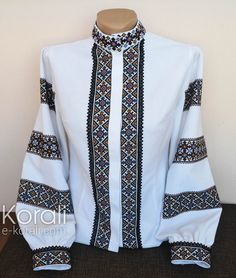 Traditional Dresses Designs, Palestinian Embroidery, Diy Fashion, Womens Fashion, Embroidered Clothes, Simple Dresses, African Fashion, Designer Dresses, Couture