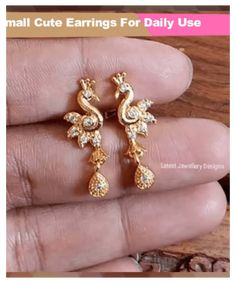 Gold Temple Jewellery, Real Gold Jewelry, Gold Jewelry Simple, Simple Earrings, Fancy Earrings, India Jewelry, Bridal Earrings, Bridal Jewelry, Stud Earrings