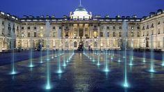 ¿Sabías que este impresionante palacio, llamado Somerset House y situado en el corazón de Londres, fue el primer edificio de oficinas del mundo en construirse?