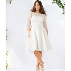 Vestido corto de boda CASTALUNA: precio, comentarios y disponibilidad. Vestido de boda. Escote redondeado. Mangas ¾. Pieza de encaje en el escote delante y detrás, y en las mangas. 48% algodón, 48% poliéster, 4% elastán. Largo 98 cm.