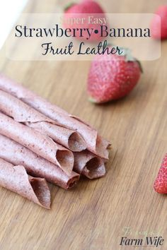 Strawberry banana fruit leather is so easy to make, and so nutritious! No added sugar at all, thanks for the ripe banana. Fruit Snacks, Fruit Recipes, Healthy Snacks, Snack Recipes, Kid Snacks, Lunch Snacks, Detox Recipes, Banana Fruit, Strawberry Banana