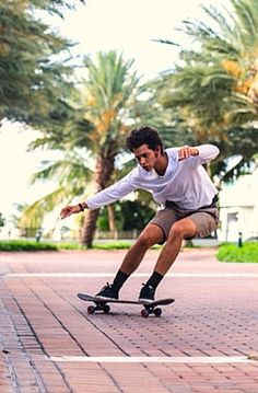 Israel Hernandez-Llach, the teen artist who died after a tasering by Miami Beach police, was a skilled skateboarder Teen graffiti artist dies after Tasering by Miami Beach cops - Miami-Dade - MiamiHerald.com