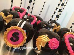 Black beauties for a Kate Spade bridal shower.  #blackbeauties #poshlife #candyapples #customtreats #bridalshower #partyfavors #fancyfavors #applestolove #apples2love #atl  #birthdays