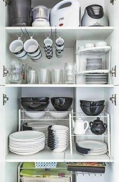 home storage, space-saving solutions, home organization ideas, kitchen storage ideas, small bathroom organization ideas Küchenaufbewahrung Clever Space-saving Solutions and Storage Ideas Small Bathroom Organization, Kitchen Organization Pantry, Diy Kitchen Storage, Bathroom Storage, Kitchen Decor, Organization Ideas, Kitchen Rack, Bathroom Ideas, Diy Storage