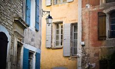 Provence Guide: Goult Holiday Rentals, B&Bs, Hotels, Restaurants, Travel & Activities