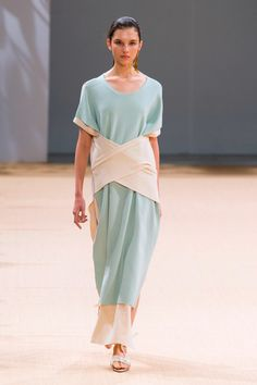 Allude   Spring 2016 RTW