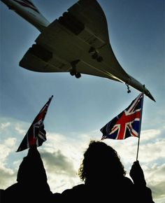 Vintage Aeroplanes Flag-wavers looking at Concorde - Forty years on from the inaugural London-New York Concorde service, those who flew on the iconic aircraft share their memories. Concorde, Military Jets, Military Aircraft, Rolls Royce, Concord Airplane, Tupolev Tu 144, Sud Aviation, Boeing 727, Passenger Aircraft