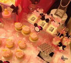 Minnie Mouse Dessert Buffet. Strawberry Lemonade Cupcakes and White Chocolate Photo Frames with Ultrasound Picture www.KuteKreations.com Chocolate Photos, White Chocolate, Strawberry Lemonade Cupcakes, Ultrasound Pictures, Minnie Mouse Theme, Baby Shower Desserts, Dessert Buffet, Frames, Candles
