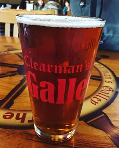 We've got @uintabrewing on tap! Thank you @norwalkbrewhouse #clearmansgalley #clearmansboat #clearmansrestaurants #cheesebread #redcabbage #cabbagesalad #lettuce #restaurant #lunch #dinner #eat #food #foodporn #foodgasm #instafood #yum #yumyum #yummy #delicious #sangabriel #losangeles #steak #stuffed #comfortfood #homecooking #beer #bar #sports #sportsbar