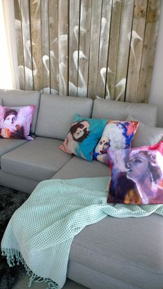 VillaValli. Tyynyt: Katariina Souri. Wall Decor, Dreams, Blanket, Bed, Wall Hanging Decor, Stream Bed, Rug, Blankets, Beds