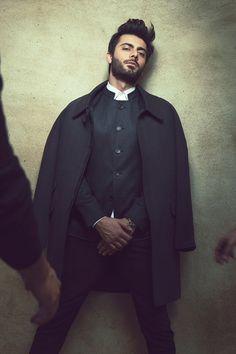 Silk & Lace & Wool, highfashionpakistan: Fawad Khan for Republic by. Fashion Photography Poses, Fashion Poses, Desi Boyz, Sr K, Tv Actors, Pakistani Actress, Bollywood Actors, Celebs, Celebrities